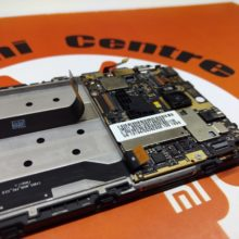 Xiaomi Mi 8 SE: ремонт и замена деталей